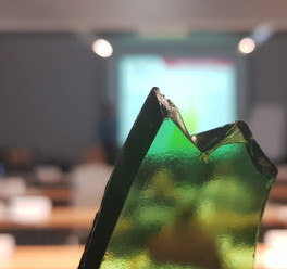 Dziewięć dni warsztatów American Glass Research
